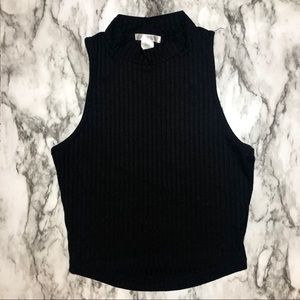 BOZZOLO | RIBBED MOCK TURTLENECK CROP TOP | NWOT!!